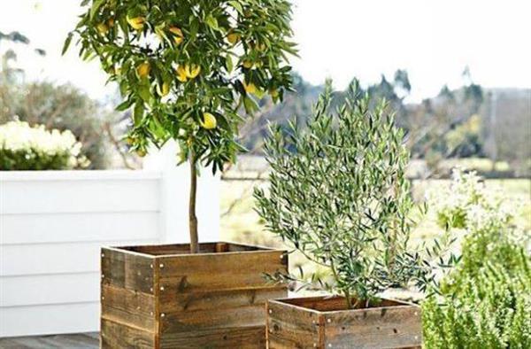 naredi sam opremo za vrt iz lesenih palet. Black Bedroom Furniture Sets. Home Design Ideas